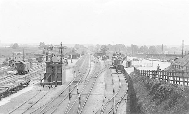 Andover Junction Station look east, early 20th century. Picture fromthe David Howard collection.