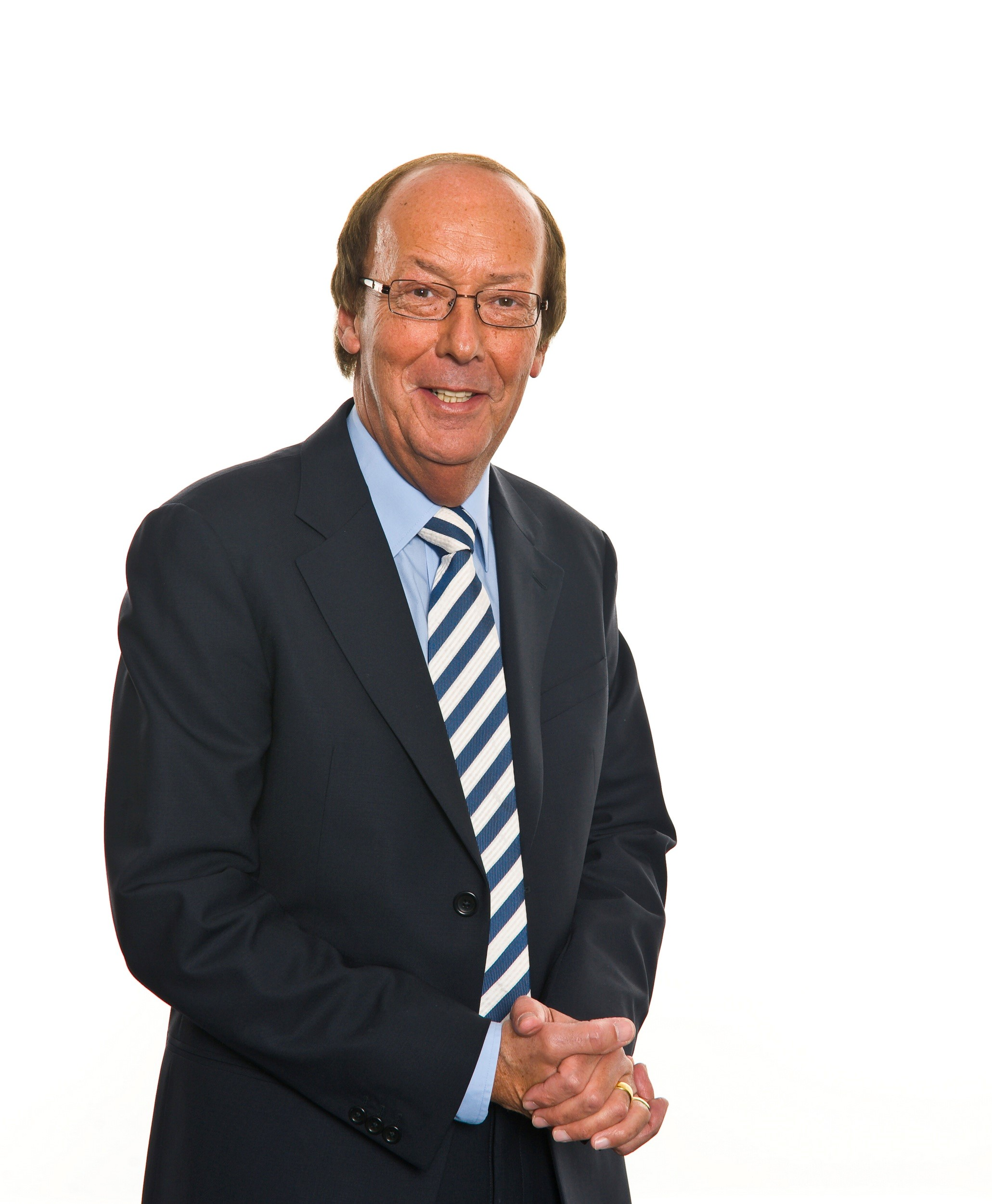 TV's Fred Dinenage to visit local retirees