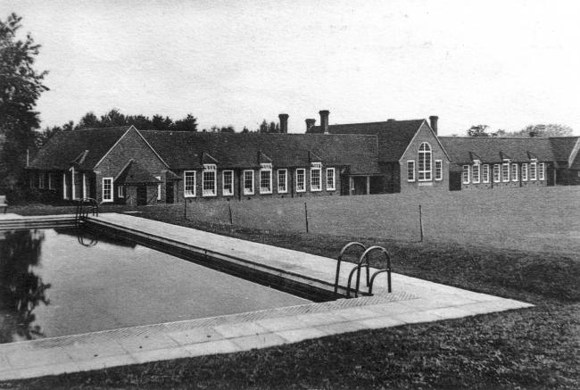 Andover Grammar School, 1939.  Later named John Hanson. Picture from the nJohn Marchment collection