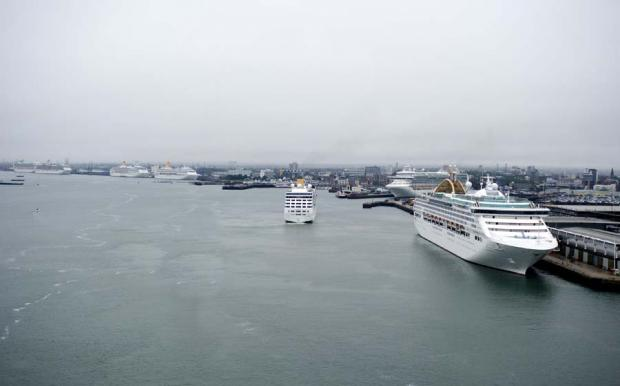 Cruise ships in Southampton