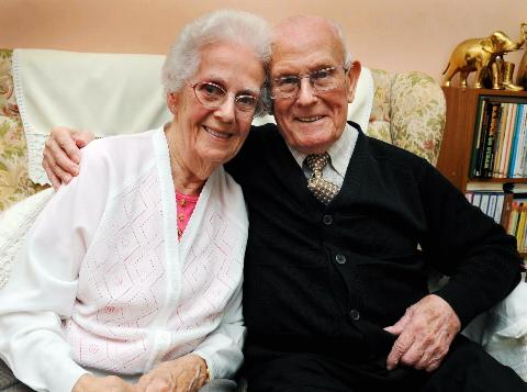 Andover Advertiser: Couple on right track for 65 years