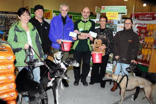 Shoppers help out animal charities