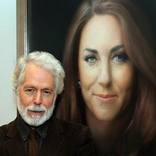 Paul Emsley with his new portrait of the Duchess of Cambridge