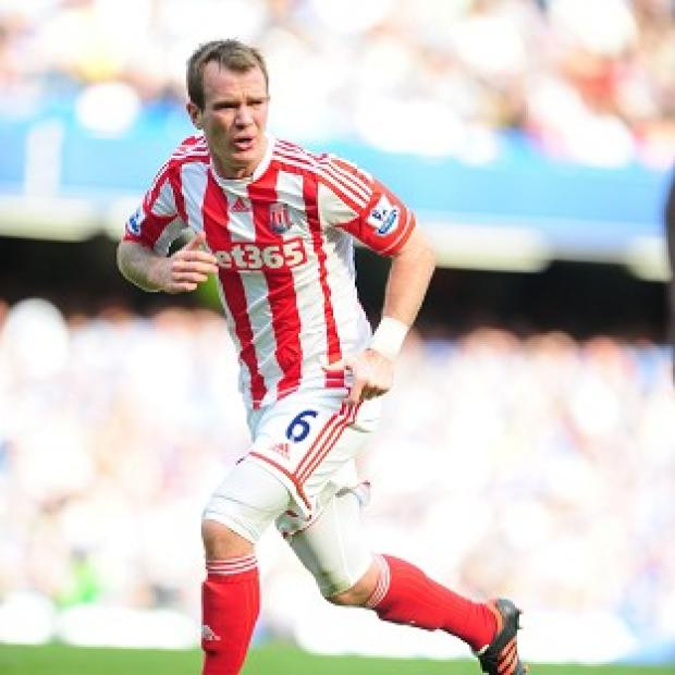 Glenn Whelan, pictured, has defended his challenge on Javi Garcia