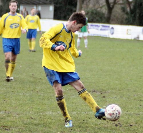 Shane Lock scores for New Street at Hthe and Dibden