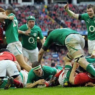 Brian O'Driscoll, centre, scored his side's third try