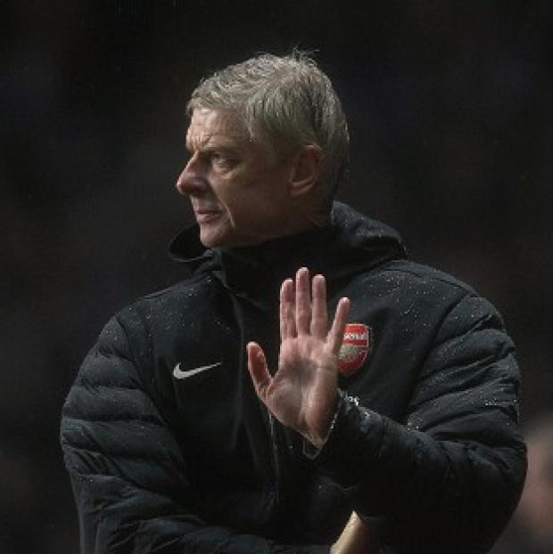 Arsene Wenger has urged Arsenal to show a united front despite recent results