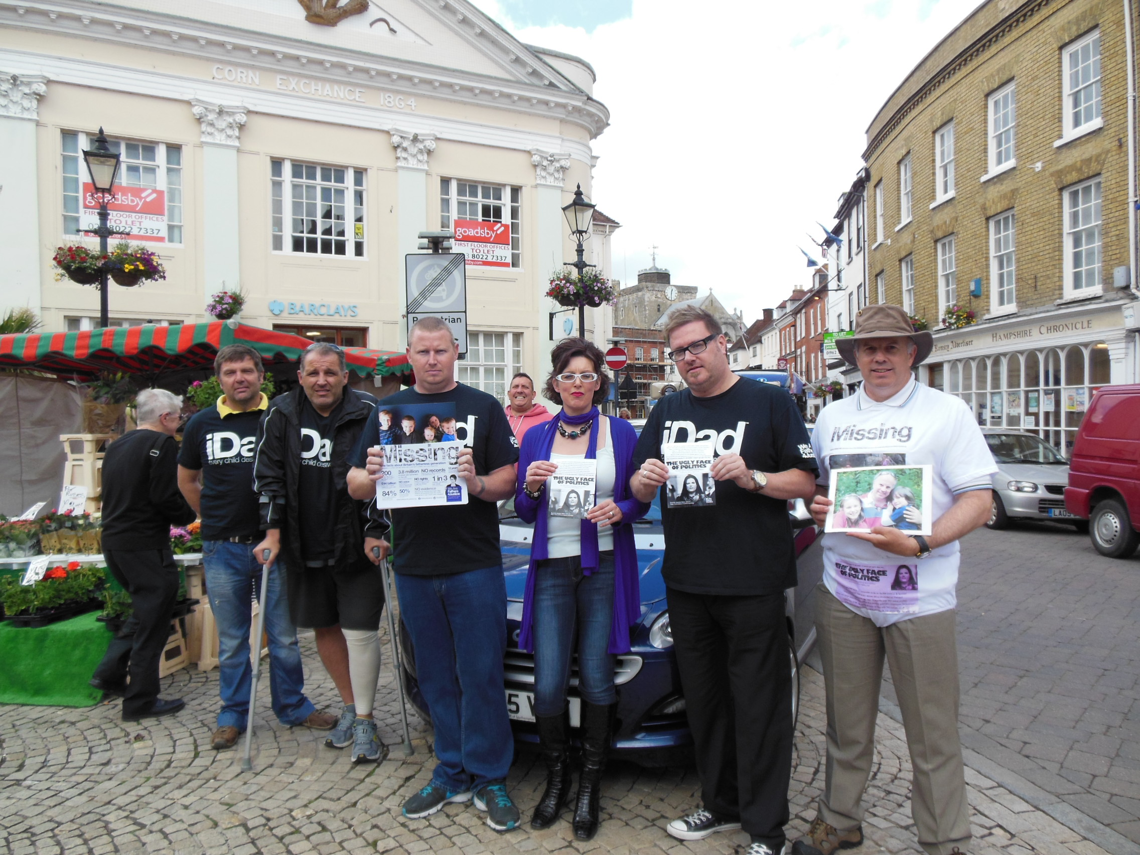 Fathers4Justice protest at MP's 'broken promises'