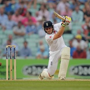 Ian Bell will be hopeful of adding to his 29 on Saturday