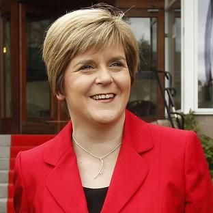 Voting No for independence means the social security system will be dismantled and public services will be threatened more, according to Nicola Sturgeon