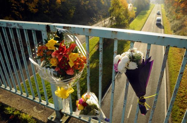 Man found hanged from bridge committed suicide