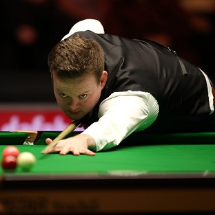 Shaun Murphy, pictured, came from 4-1 down to beat Marco Fu 6-4 at the Masters