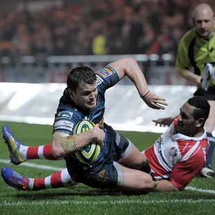 Steffan Hughes scored Scarlets' opening try against Gloucester