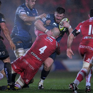 Scarlets overcame Gloucester to boost their chances of reaching the LV= Cup knockout stages