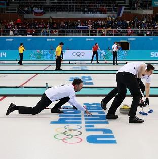 David Murdoch's team edged out Germany 7-6 in Sochi