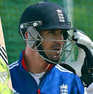 Kevin Pietersen was retained for �880,000 by Delhi Daredevils