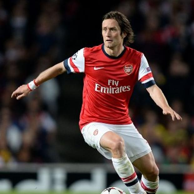 Andover Advertiser: Tomas Rosicky has agreed a new deal with Arsenal