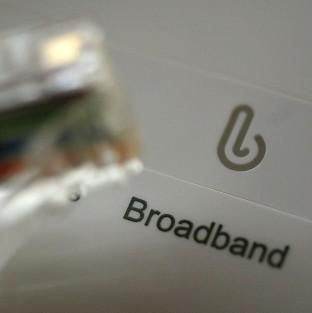 The UK is ahead of other major EU powers in superfast broadband uptake and coverage, figures suggest.
