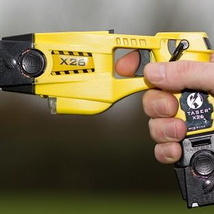 Police use of Tasers rose from a combined 8,161 in 2012 to 10,380 in 2013, Home Office figures reveal