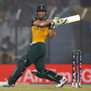 AB de Villiers made a match-winning unbeaten 69  for South Africa (AP)