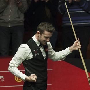 Mark Selby battled past Neil Robertson to reach the World Championship final