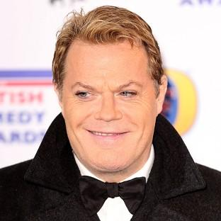 Eddie Izzard will perform his latest comedy show in three different languages to mark the 70th anniversary of D-Day.