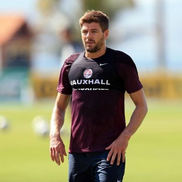Andover Advertiser: Roy Hodgson insists Steven Gerrard has trained as normal