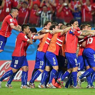 Chile held off an Australia fightb