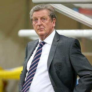 England manager Roy Hodgson has sprung to the defence of Wayne Rooney after the 2-1 defeat to Italy