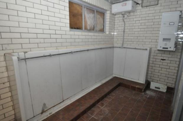 Andover Advertiser: The public toilets in Brockenhurst before they were converted.