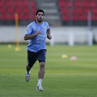 Uruguay's Luis Suarez claims he is ready to face Engl