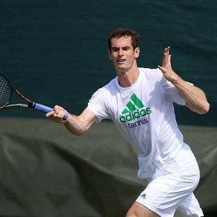 Andover Advertiser: The hopes of a nation are once again on Andy Murray's shoulders