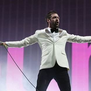 Kasabian's Crazy end to Glas
