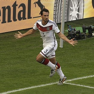 Hummels takes Germany into semis