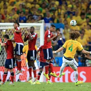 David Luiz scored Brazil's second goal as the hosts beat Colo