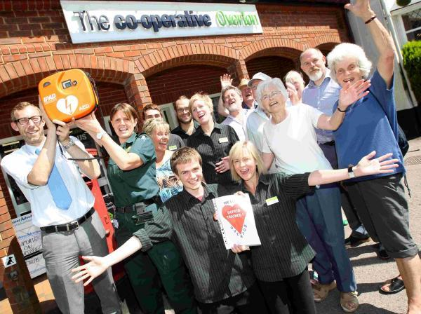 Villagers are lifesavers with defibrillator