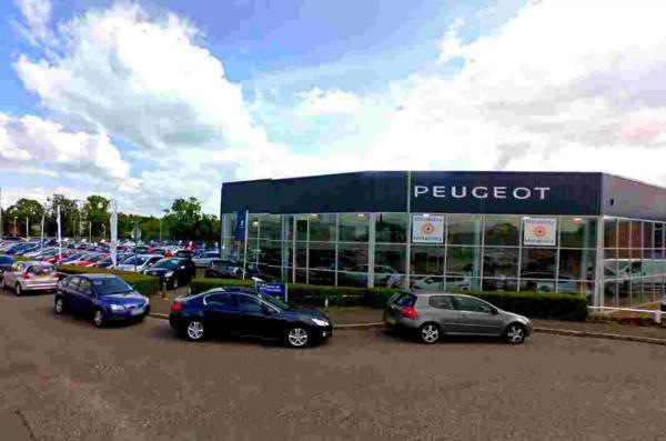 City Peugeot, in Newbury
