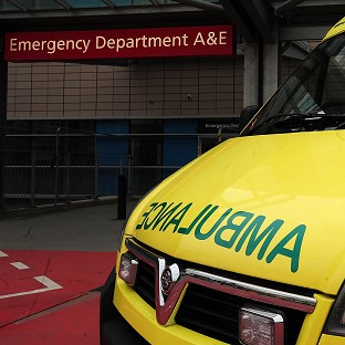 Closing A&E departments can lead to more patient deaths at nearby hospitals, a US study claims