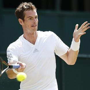 Andy Murray is through to the quarter-finals in Toronto