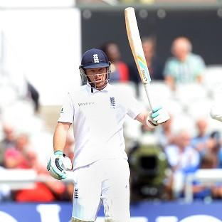 Ian Bell hopes England can extend their lead on Saturday