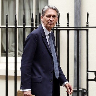 Hammond rules out Assad alliance