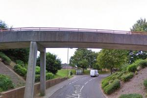 ALERT: Kids 'throwing rocks' at cars from bridge in King Arthurs Way