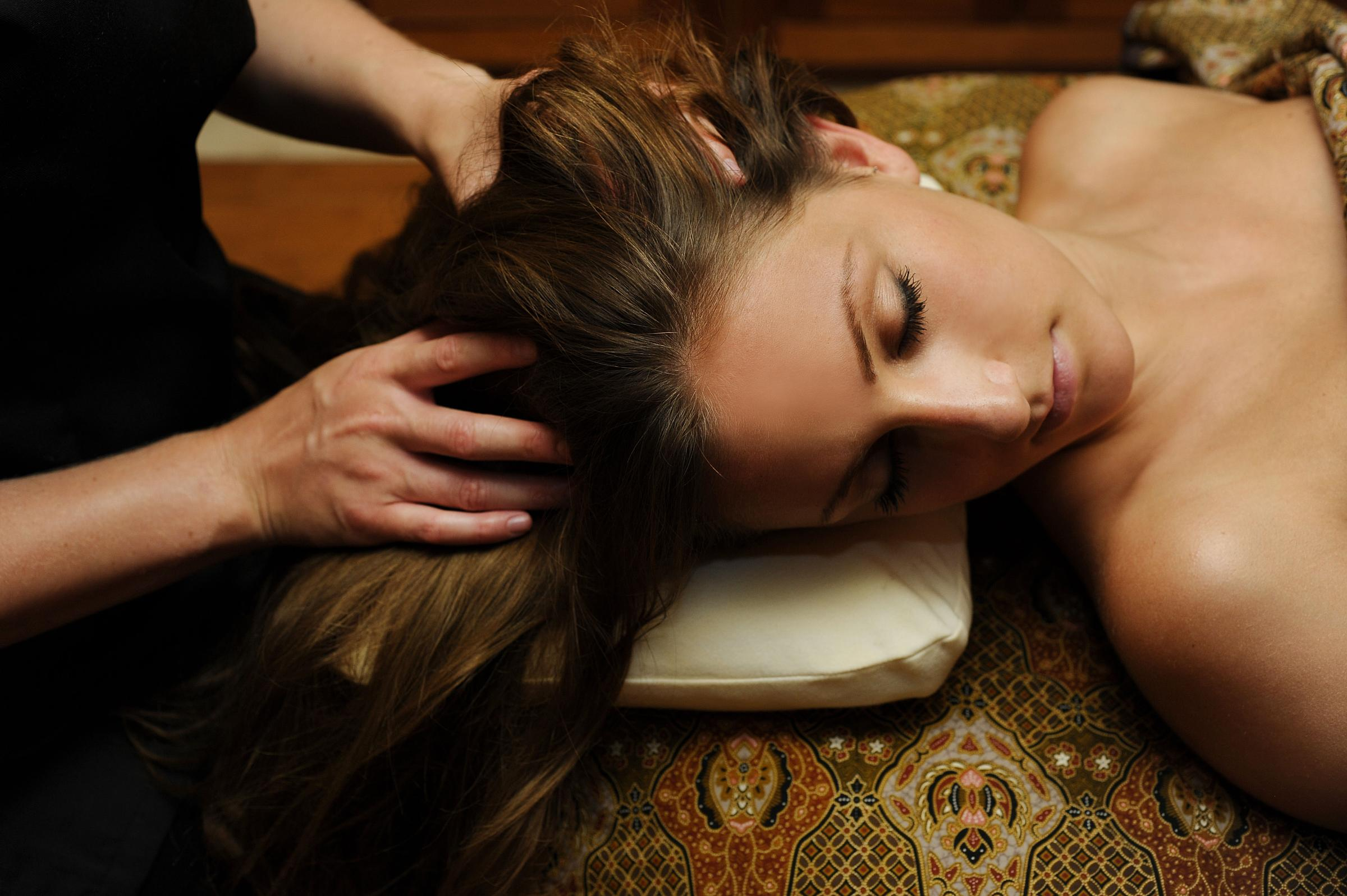 Workshop: Learn Ayurvedic Head Massage