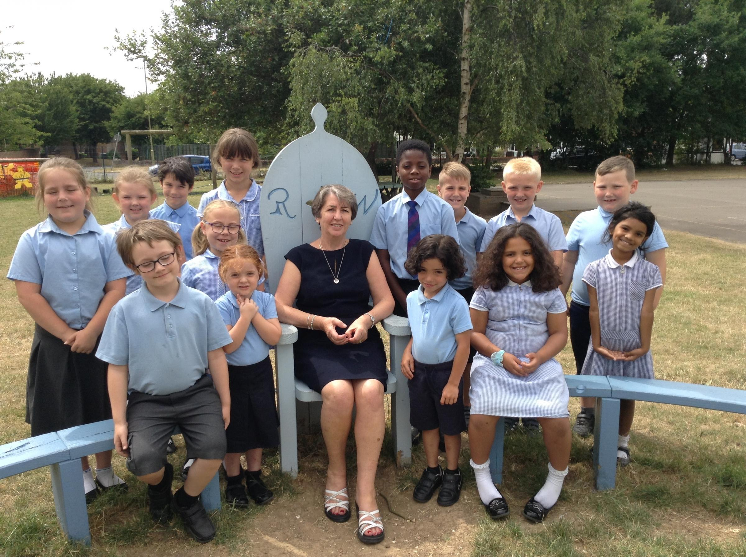 Sue Parkinson with Roman Way Primary School pupils