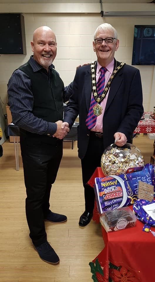 Master Bonthuys and Test Valley Mayor, Councillor Ian Carr